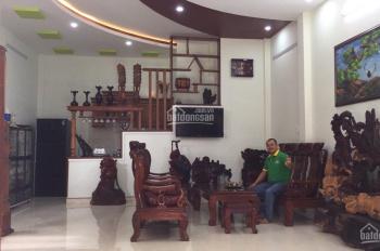 Chính chủ bán nhà mặt tiền, Quang Trung, Tây Sơn, Plei Ku
