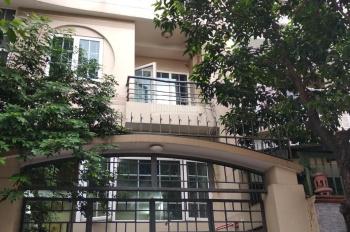 Cho thuê nhà đường Văn Chung, Quận Tân Bình, 6x23m, 1 hầm, 3 tầng