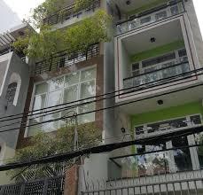 Bán nhà HXH 8m bàn cờ đường Hoàng Hoa Thám Phường 13 Tân Bình. DT 11x9m, 1T 2L ST, giá 11 tỷ hơn