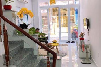 Bán nhà ngay KCN Tân Đức - Hải Sơn, Đức Hòa Hạ 1 trệt 1 lầu, DT 80m2, giá 650 triệu, LH: 0931332928