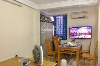 Bán nhà tập thể phố Trần Cung, Nghĩa Tân. DT 42m2, tầng 1, giá chỉ 1 tỷ