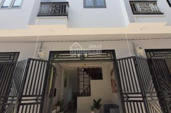 Kẹt tiền bán gấp nhà MT đường Nguyễn Hữu Trí - Bình Chánh SHR, giá 2,2 tỷ TL