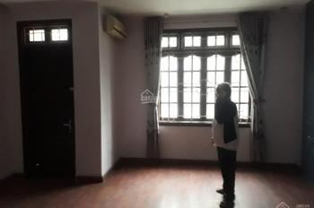 Cho thuê nhà mặt phố Nguyễn Khang làm cửa hàng, quán ăn. DT 60m2 x 3T, MT 5m, 22tr/th 0941882456