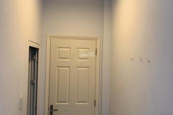 Cho thuê phòng trung tâm Quận 1 giá rẻ full nội thất giá 5tr5/tháng. LH: 0989604920 bao nước, wifi