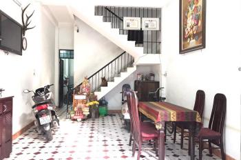 Bán nhà mặt tiền đường Nguyễn Thị Minh Khai - Nha Trang