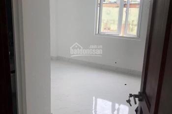Cho thuê nhà mặt tiền Ngô Gia Tự, Q10, DT 4x18m, 4 lầu (sân thượng) giá 62 tr/th