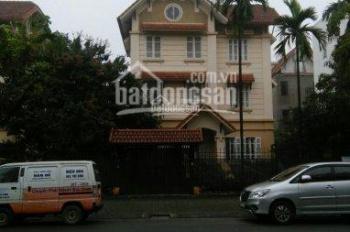 Cho thuê BT MP Mạc Thái Tổ, DT 400m2, XD 100m2 x 3 tầng, mặt tiền 20m, tiện kinh doanh, 90tr/th
