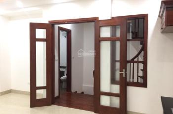 Bán nhà PL ngõ phố Mai Dịch, Trần Vỹ, Cầu Giấy 40m2 * 5 tầng mới, ô tô 4 chỗ vào nhà. Giá 6.3 tỷ