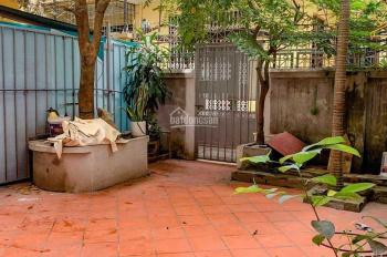 Cho thuê nhà 5 tầng phố Kim Đồng khu phân lô, giá 13tr/tháng. LH: 0927309146