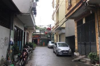 Chính chủ bán đất có nhà cấp 4, 40m2, mặt tiền 4m, ngõ rộng ô tô vào nhà đường Thanh Bình, Hà Đông