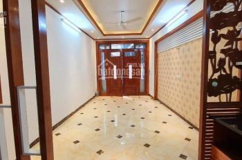 Bán nhà ngõ 129 Nguyễn Trãi. DT 35m2, 5 tầng, căn góc, giá 3,6 tỷ. LH 0913456263