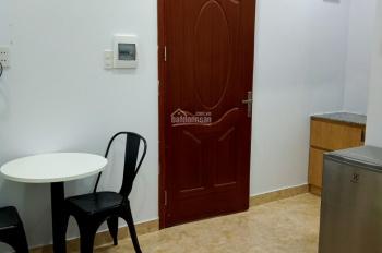 Phòng trọ phường Tân Quy, Quận 7 nội thất cơ bản WC riêng, giá 4 triệu/tháng