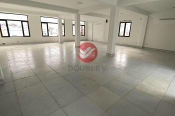 Văn phòng cho thuê quận 10 190m2 vuông vức, vị trí tốt, giá cực rẻ, LH 0933725535 Phong