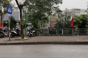 Cho thuê nhà mặt phố Thượng Đình, gần Royal City, DT: 45m2 x 3 tầng, MT: 4,2m, 0988844074