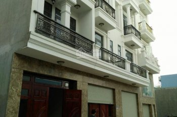 Cần bán căn nhà nằm trong khu phân lô toàn nhà phố cao cấp đường Cống Lở, P15, Tân Bình HCM