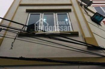 CC nhà Phan Đình giót - La Khê - Hà Đông (35m2 - 5 tầng), ô tô đỗ cửa nhà hoặc vào nhà, giá 2,7 tỷ
