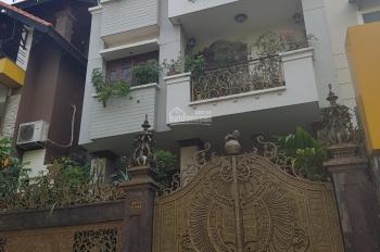 Cho thuê biệt thự MT đường Hoa Đào, quận Phú Nhuận, 8x18m, 1 hầm 3 lầu