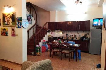 Cho thuê nhà 3 tầng 622 Minh Khai to đẹp, giá 7,5tr/tháng, LH: 0946913368