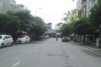 Bán mặt bằng kinh doanh tại trục chính Cửu Việt 1, Trâu Quỳ, giá hợp lý, DT: 110m2, MT: 5.4m