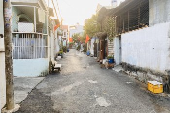 Nhà bán gấp 2 mặt tiền hẻm đường 385, phường Tăng Nhơn Phú A, Quận 9