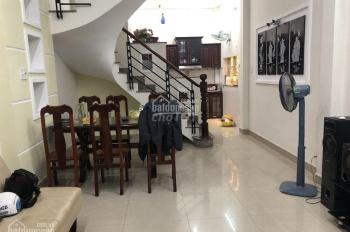 Cho thuê nhà mới đẹp khu CXPB đường Lạc Long Quân, Q.5, DT:4x15m, trệt lầu ST 4PN 3WC. Giá 15tr/th