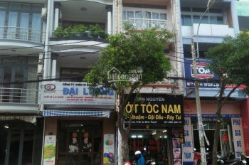 Cho thuê nhà MT Vũ Huy Tấn, Phường 3, Bình Thạnh. Giá 70 triệu/th, 6.5x20m, 1 trệt 4 lầu