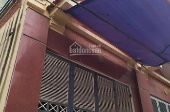 Cho thuê nhà 65m2 x 4 tầng ngõ 61 Phạm Tuấn Tài, ô tô đỗ cửa. 20 triệu/th