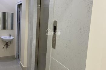 Cho thuê nguyên căn nhà mới xây mặt tiền đầu đường Nguyễn Đình Chiểu, Quận 1