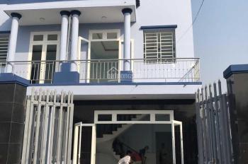 Nhà 2 mặt tiền Tân An đường 4,5m DX 108, sổ riêng xây kiên cố sân ô tô