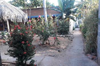 Bán 500m2 nhà đất full thổ cư đường Hòa Bình, Hàm Tiến - Phan Thiết, có 8 phòng, tây thuê, 9.5 tỷ