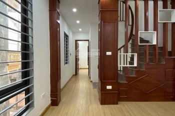 Bán nhà Linh Đường - Tứ Kỳ: 35 m2, 4 tầng, 2,65 tỷ; 2 mặt thoáng, 20 m là ra đường lớn, hồ Linh Đàm