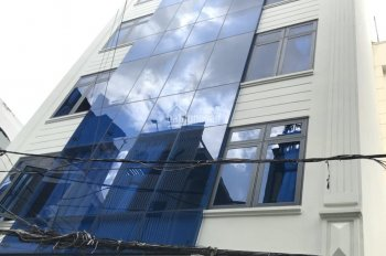 Cho thuê ngân hàng mặt tiền Phan Xích Long (đoạn đẹp nhất) P7 Q. PN, DT 8x16m 5 tầng. Giá 170tr