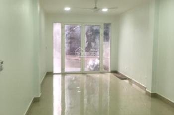 Cho thuê nhà mặt ngõ Hoàng Hoa Thám, 132m2 x 3 tầng, ô tô đỗ cửa, có hình ảnh. LH: 0984536699