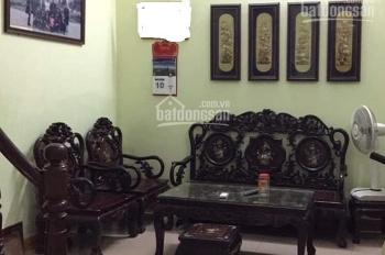 Nhà hiếm, bán gấp, phố Bạch Mai, DT 41m2, giá 2.5 tỷ, LH: 098.724.0775
