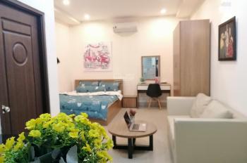 Căn hộ đầy đủ nội thất, cửa sổ thoáng mát-Đối diện công viên Lê Văn Tám.Giá từ 7tr- lh:0399621864