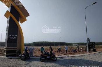 Kẹt tiền cần bán gấp lô đất mặt tiền đường, gần chợ, cạnh KCN, LH 0388959281