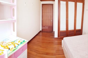 Cho thuê phòng cao cấp Q7, 20m2, khu an ninh, đầy đủ nội thất, có thang máy chỉ từ 3,5triệu/tháng