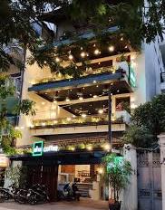 Cho thuê nhà mặt phố Giang Văn Minh ngã 3 với Kim Mã, MT 4,2m. LH: 0984036408