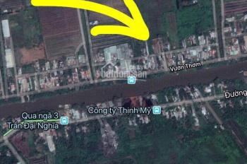 Lô đất đường song song với Vườn Thơm, 5*37m, giá 2.75 tỷ, sổ riêng, thông với kênh 5 và kênh 6