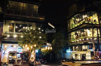 Cho thuê nhà mặt phố Ngọc Hà gần Lăng Bác - MT 5m, DT 50m2 x 5T. LH: 0984036408