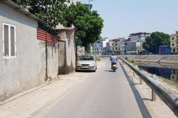 Bán nhà Tựu Liệt, Thanh Trì, 40m2, ngõ to như phố. 1.5 tỷ