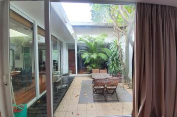 Chính chủ bán nhà đẹp 246m2 Đặng Thai Mai, Tây Hồ. Nội thất sang xịn mịn