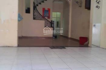 Nhà cho thuê mặt tiền CMT8. 1 trệt, 3 lầu, ST, LH, 0909153679