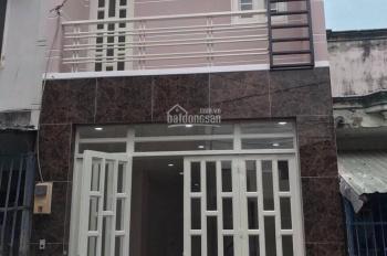 Kẹt vốn - Cần bán gấp nhà MT Nguyễn Duy Trinh gần chợ Phú Hữu, DT 65m2 SHR CònTL