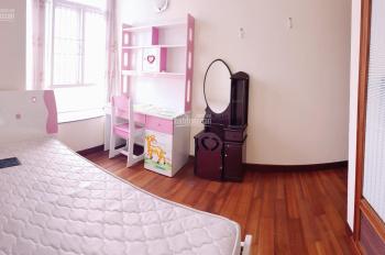 Phòng trọ đẹp Q7, full nội thất, 25m2, có bếp, cửa sổ lớn, giá từ 3.5 tr/tháng, chỉ sách vali vào ở