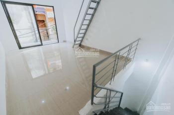Bán nhà Nguyễn Ngọc Nại, ô tô đỗ cửa 28m2x3T, MT 3.5m, 2.75 tỷ, nhà mới về ở luôn