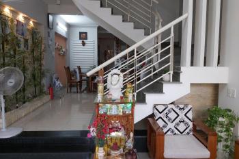 Gia đình chuyển công tác bán gấp ngôi nhà mới 3 tầng, mới xây, cạnh bệnh viện Nhi Đà Nẵng, giá rẻ