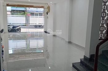 Nhà HXH 384 Cộng Hòa, 4.5m x 16m, trệt, 2 lầu, 3 phòng ngủ, nhà mới, giá 11 tr/th. 0357033004