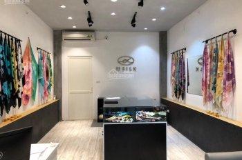 Cho thuê nhà mặt phố Bùi Thị Xuân, dt 80m x 7 tầng, mt 4m. Lh 0865625958