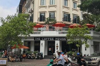 Hot! Cho thuê nhà mặt phố Nguyễn Khang 4m mặt tiền, vỉa hè rộng rãi